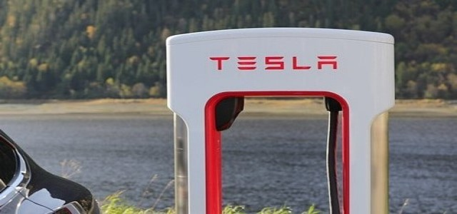 Tesla launches monthly subscription for Full Self Driving feature